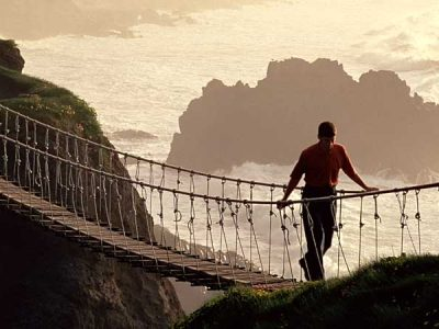 Irish Tourist Attractions: Visit Carrick-a-Rede Rope Bridge
