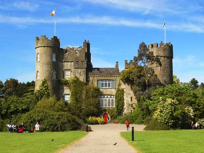 Irish Tourist Attractions: Visit Malahide Castle